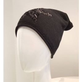 Beanie Mütze mit beige mit weißem Stern